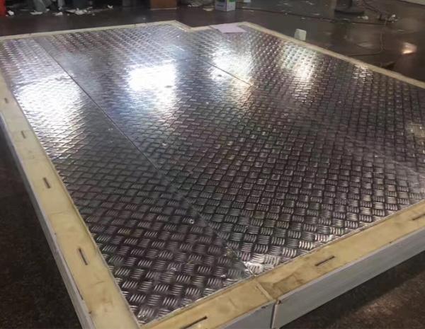 防滑铝板搭钩冷库板